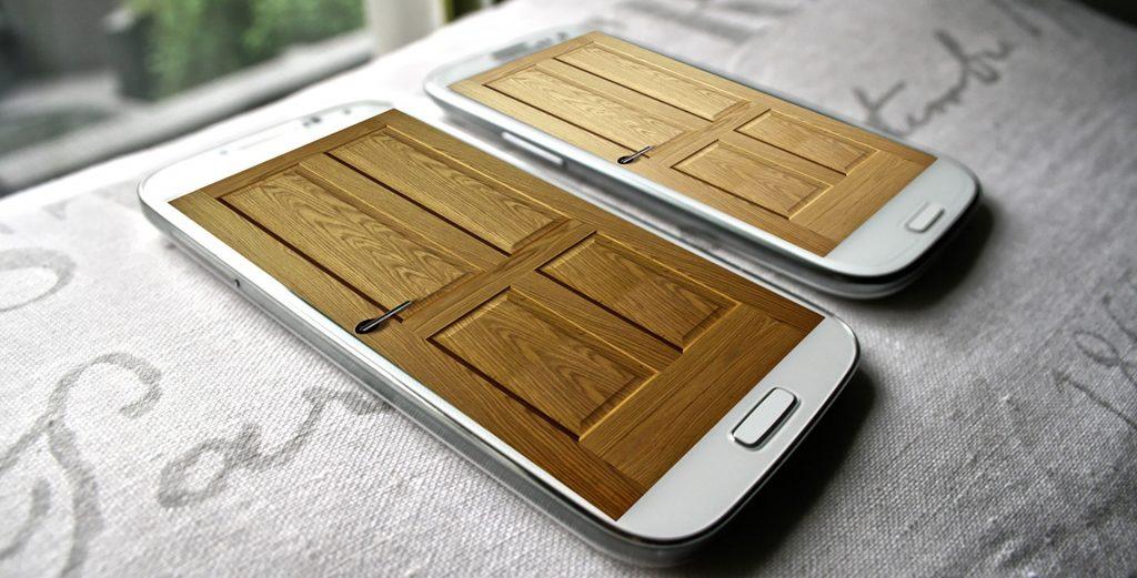 phones-with-doors